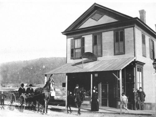 The New England Drug Store located on the South West corner of Gault Avenue and 3rd Street in 1889. Some of the apothecary bottles from this store are presently on display at the Landmarks Museum.