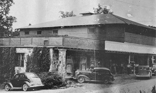 The Hitching Post and Mentone Post Office circa 1940.