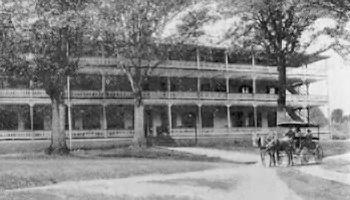 Sulphur Springs Hotel